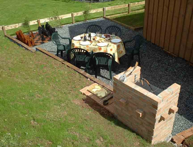 Click to see an enlarged view of the barbecue/chess area.